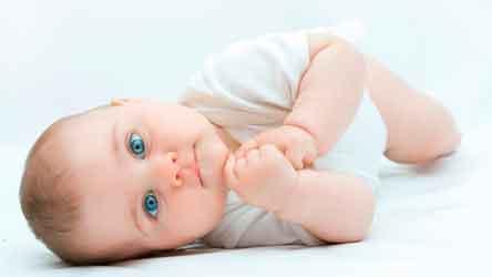 Причины запора у младенца
