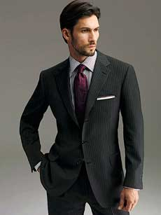 Как выбрать мужской деловой костюм?