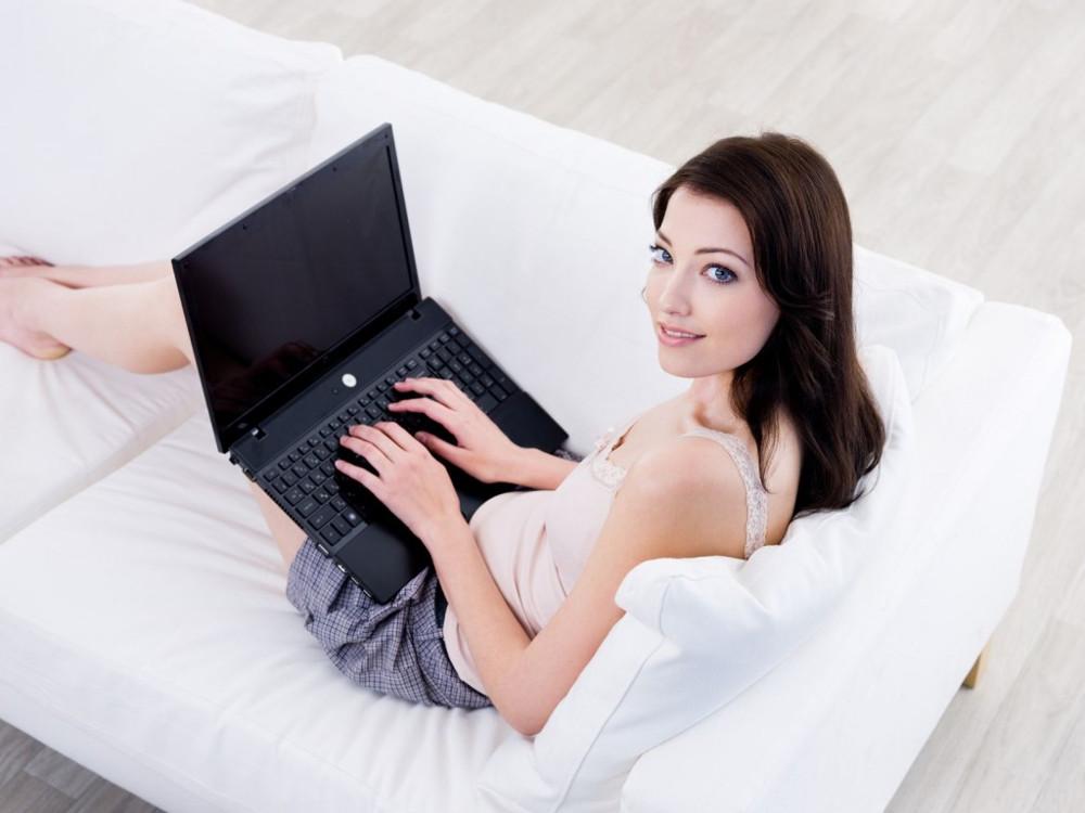 Работа вебкам моделью для девушек на дому: отзывы, сайты
